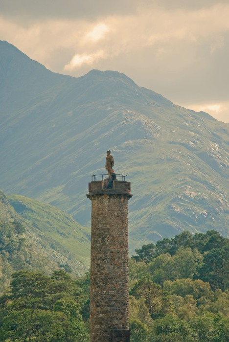 The Glenfinnan Monument (A kilted Highlander)
