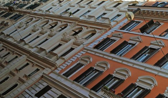 Rome,  Vibrant Buildings and Colour!