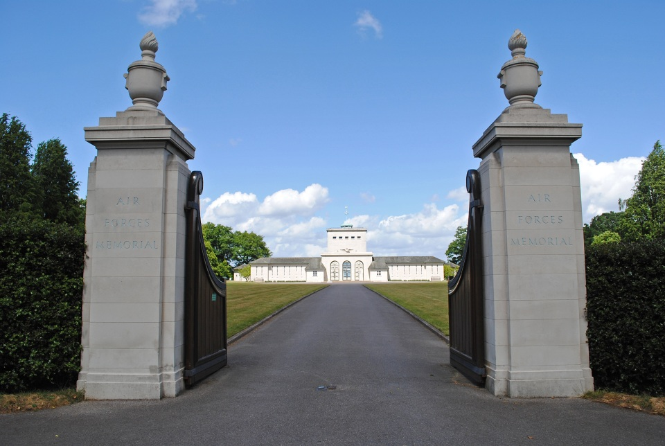 Runnymede - Royal Air Force Memorial