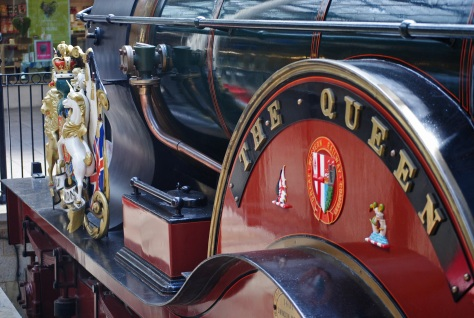 Windsor - All Aboard the Queen!