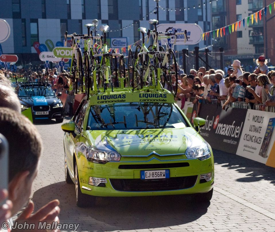 Team Liquigas – Cannondale vehicle