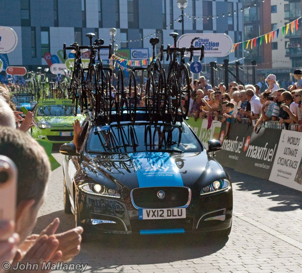 Team Sky vehicle
