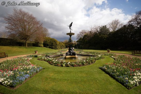 The Sunken Garden, Ascott House