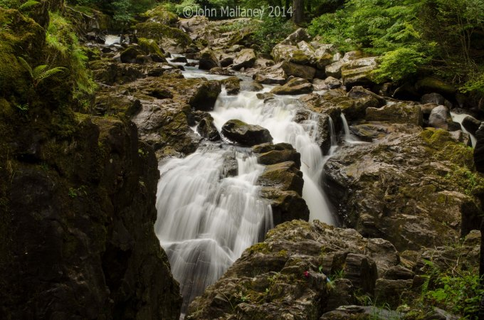 Black Linn waterfall